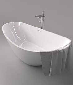 Bathtub Riho Granada and Cezares Cascado mixer