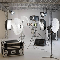 Prof. lighting for photo studios + muses. accessories