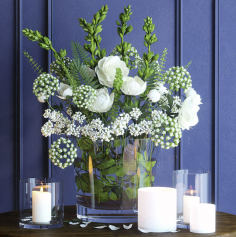 Decorative set with vase of flower 08